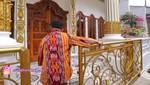 Kena Gempa Bali, Pacar Salman Khan Tetap Tenang