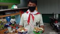 Sambut Kemerdekaan RI, Bang Ali Buat Mi Ayam Merah Putih
