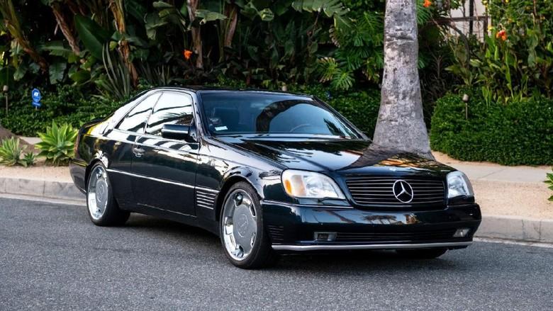 Mobil Michael Jordan Mercedes-Benz S600 Lorinser dilelang.