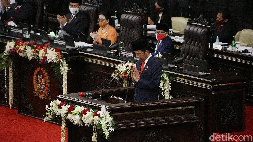 Maksud Jokowi Sebut Ekonomi Lagi Hang