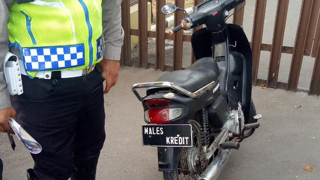 Motor Males Kredit yang Ditilang Polisi Pajaknya Mati 5 Tahun