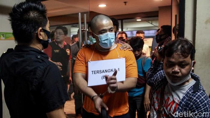 Tiga tersangka pelaku penembakan di Tangerang hadiri proses rekonstruksi, Jumat (14/8/2020).