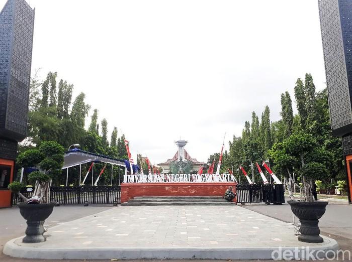 Universitas Negeri Yogyakarta (UNY), Jumat (14/8/2020).