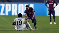 Momen Alphonso Davies Gocek Messi lalu Permalukan Semedo