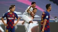 Babak I: Laga Tempo Tinggi, Bayern Unggul 4-1 atas Barcelona