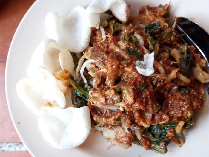 Daftar Rekomendasi Makanan Kaki Lima Enak di Bandung dari Netizen