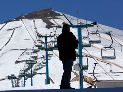 Gegara Corona, Resor Ski Chili Sepi