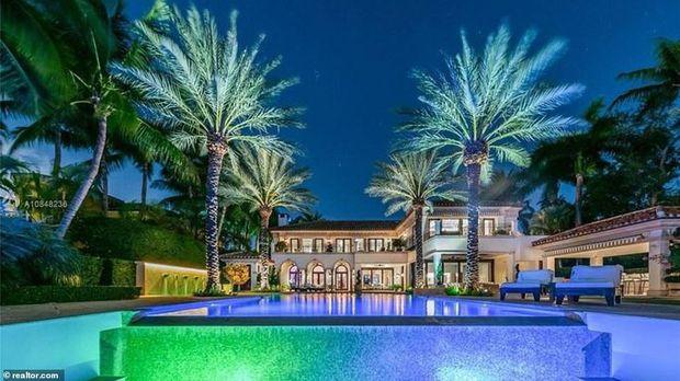 Kediaman baru Jennifer Lopez dan Alex Rodriguez yang mewah di Miami.