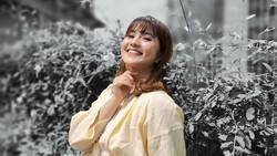 Tips Bikin Foto OOTD Ciamik dengan AI Color Portrait OPPO Reno4