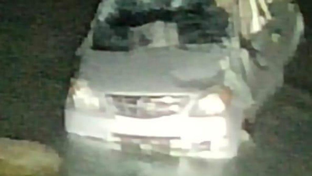 Mobil Antar Pengantin Masuk Jurang di Sinjai Sulsel, 6 Penumpang Tewas