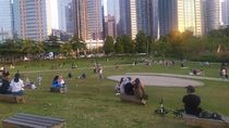 Piknik ala TikTok di Pusat Kota Jakarta