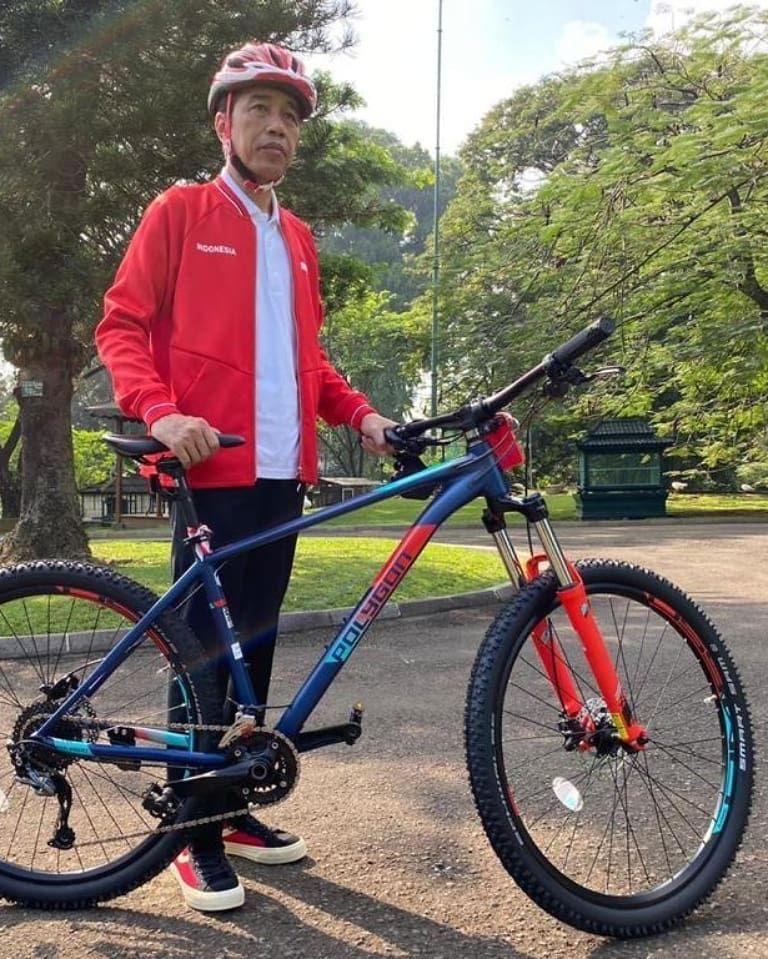 Jokowi pamer koleksi sepeda