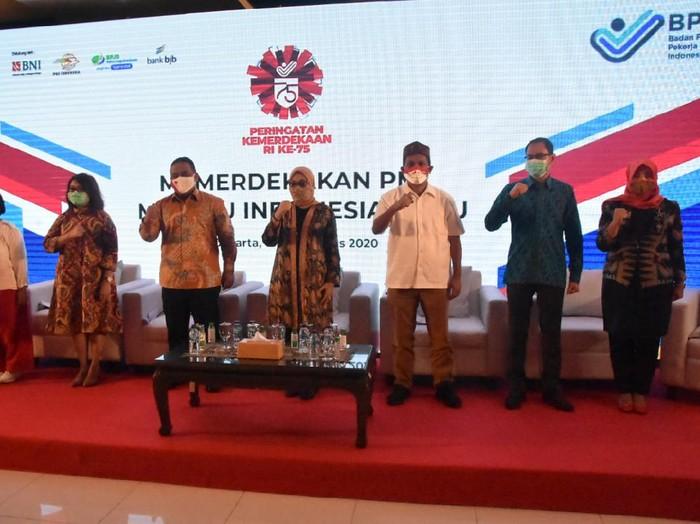 Menaker Ida Fauziyah dan  Kepala BP2MI Benny Rhamdani