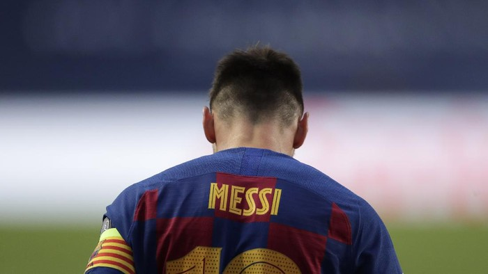 Barcelonas Lionel Messi during the Champions League quarterfinal match between FC Barcelona and Bayern Munich at the Luz stadium in Lisbon, Portugal, Friday, Aug. 14, 2020. Gerard Piqué says Barcelona
