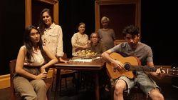 Teater Daring Rumah Kenangan: Ketika COVID-19 Menyatukan Keluarga