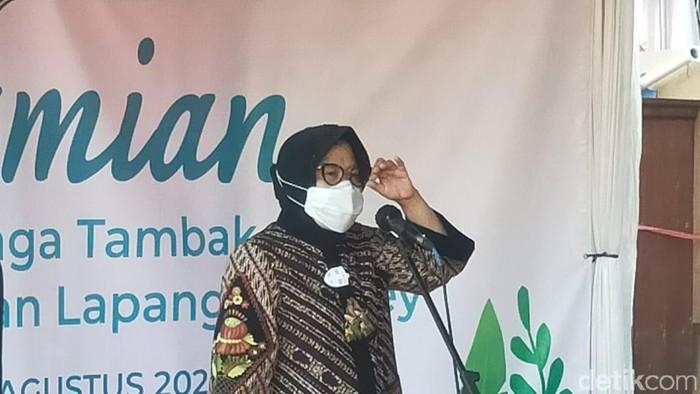 Risma Pamit ke Warga Surabaya