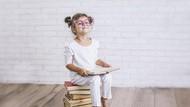 Apa Itu Kecerdasan Linguistik pada Anak? Ini Info & Tips Mengembangkannya