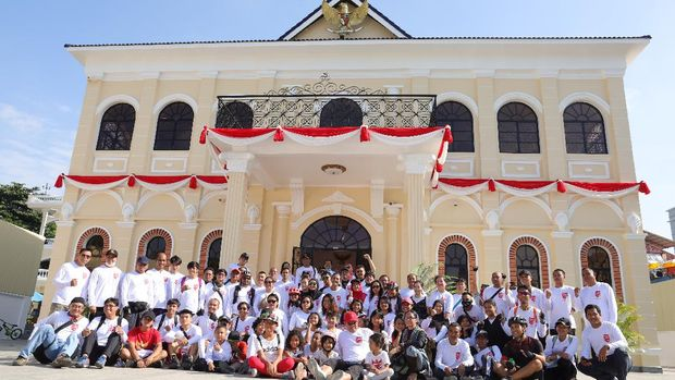 Masyarakat Indonesia yang berada di Phnom Penh, Kamboja memperingati HUT ke-79 Republik Indonesia