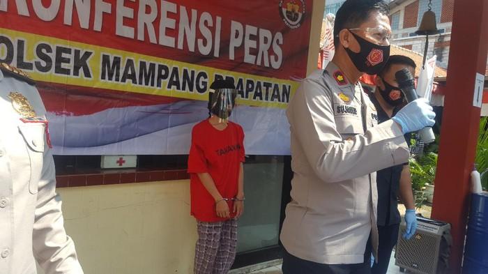 Polisi tangkap istri bunuh suami di Mampang Prapatan