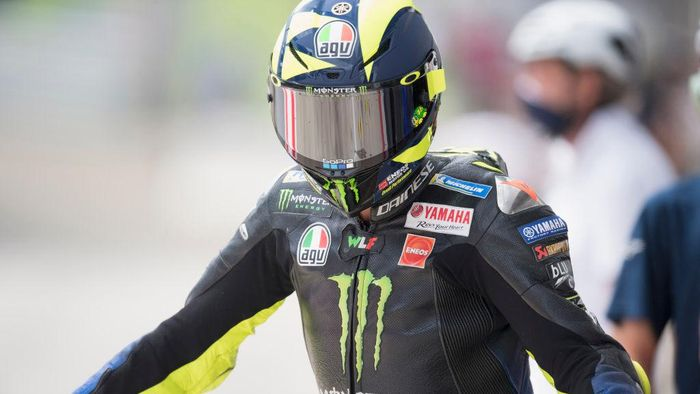 SPIELBERG, AUSTRIA - AUGUST 15: Valentino Rossi of Italy and Monster Energy Yamaha MotoGP Team returns in box  during the MotoGP Of Austria - Qualifying at Red Bull Ring on August 15, 2020 in Spielberg, Austria. (Photo by Mirco Lazzari gp/Getty Images)