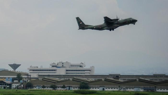 Bandara Husein Sastranegara kembali melayani penerbangan dengan pesawat jet. Bandara itu kembali layani penerbangan jet pada 20 Agustus 2020 mendatang.