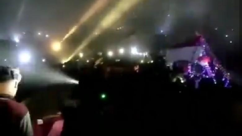 Gemerlap Lampu Bak Pesta di Puncak Penanggungan