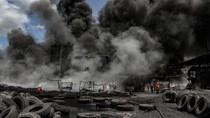 Pabrik Pengolahan Ban Bekas di Pekanbaru Terbakar