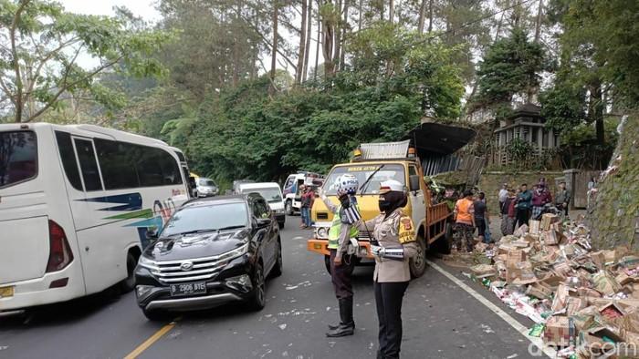 Kecelakaan tunggal di dua jalur Cianjur, dua sopir truk tewas