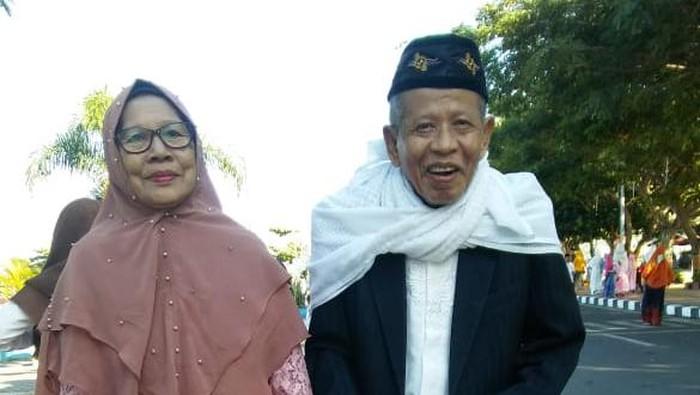 Kiai NU, H Muhammad Idrus Makkawaru, dan istri semasa hidup