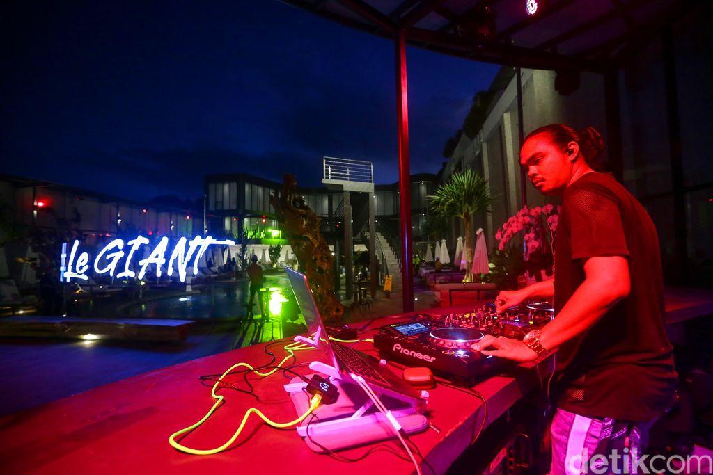 Klub malam Le Giant di kawasan Legian, Bali