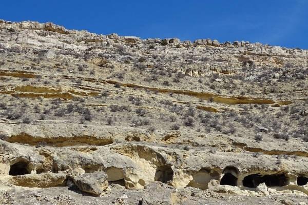 Namun sayang, kini Manazan telah ditinggalkan penduduknya karena hanya digunakan sebagai tempat perlindungan selama perang. Meskipun begitu, desa yang ada sejak Zaman Byzantium ini masih memukau wisatawan. Istimewa/imturkey