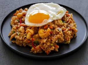 Resep Nasi Goreng Pedas yang Bikin Mata Melek