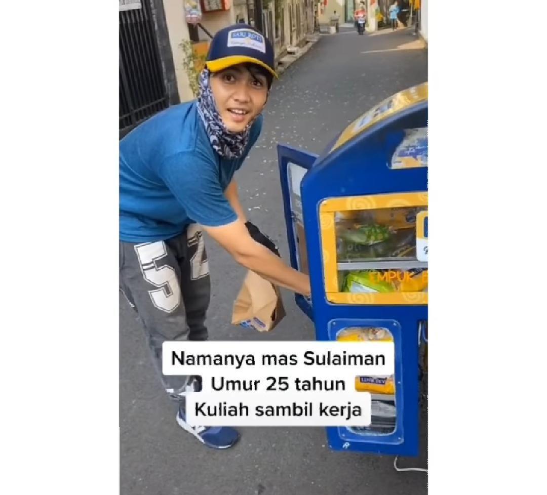 penjual roti ganteng