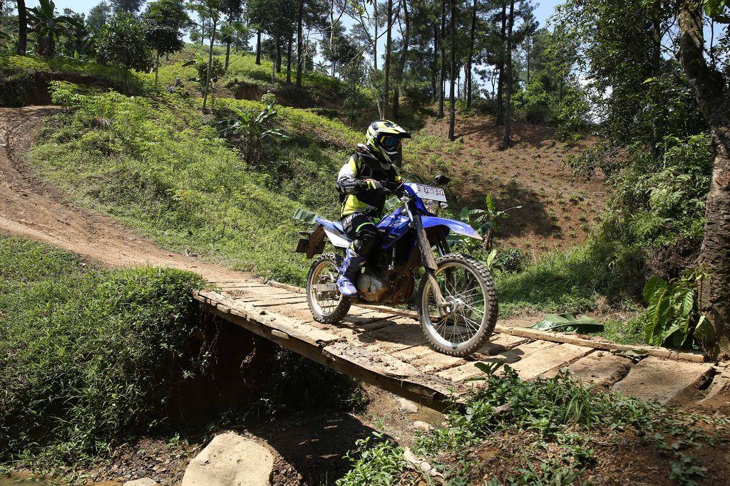 Fun Adventure Yamaha WR155R