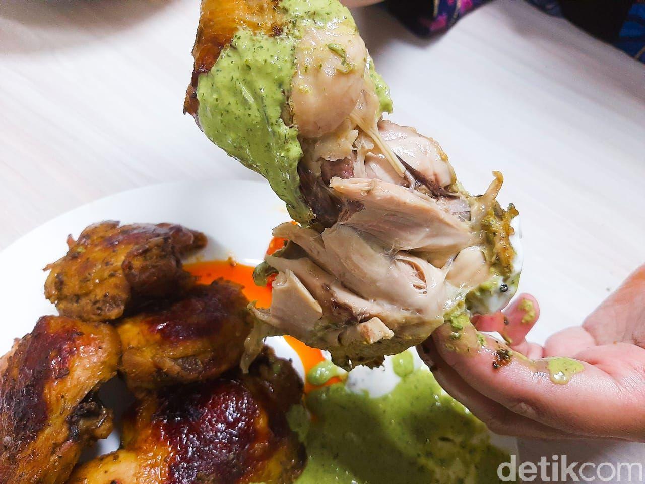 Paris di Jakarta: Ayam Afrika