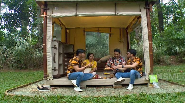 Celebrity on Vacation Bogor