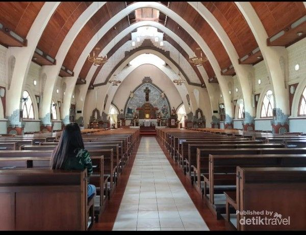 Gereja Palasari Bali