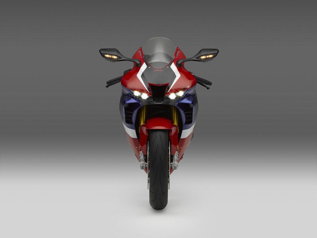 Honda CBR1000RR-R Fireblade meluncur di Indonesia