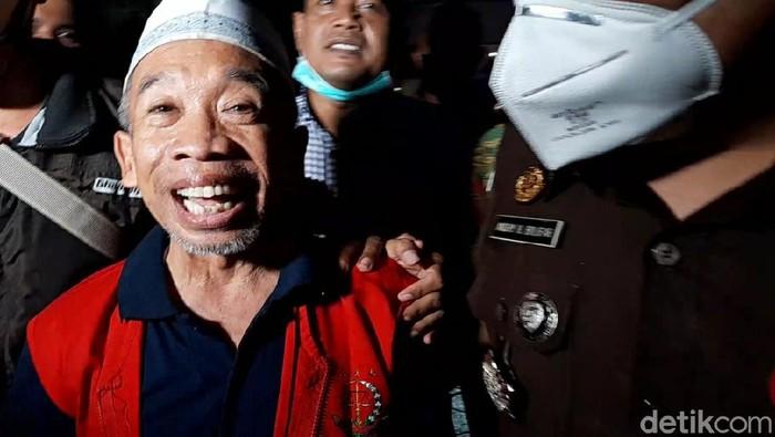 Nurul Qomar Tebar Senyum Saat Dijebloskan ke Penjara: Saya Senang ...