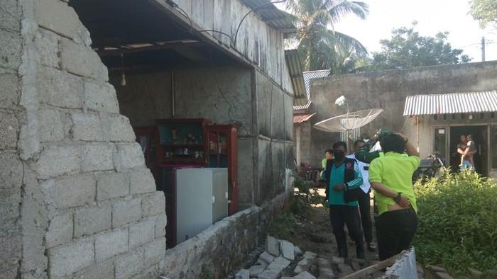 Rumah rusak akibat gempa Bengkulu (dok. Istimewa)