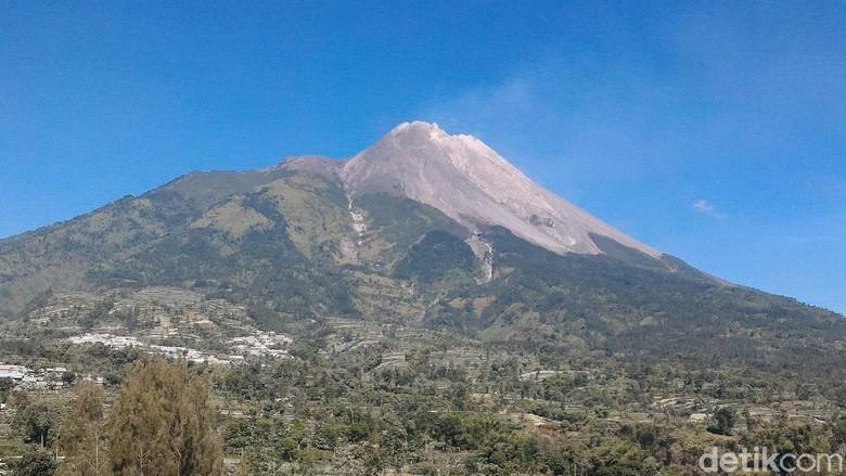 Sedekah Gunung Merapi di Malam 1 Suro