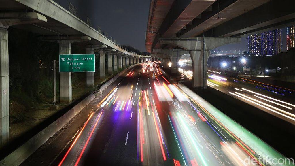 Hati-hati Ada Perbaikan Jalan Tol Jakarta-Cikampek Mulai Nanti Malam