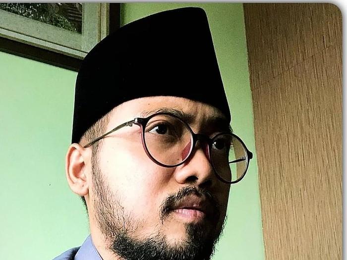 Amar Alfikar, Transgender Anak Kiai