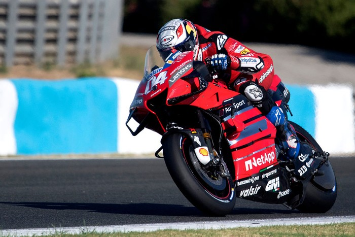 JEREZ DE LA FRONTERA, SPAIN - JULY 25: Andrea Dovizioso of Italy and Ducati Team heads down a straight during the MotoGP of Andalucia - Qualifying at Circuito de Jerez on July 25, 2020 in Jerez de la Frontera, Spain. (Photo by Mirco Lazzari gp/Getty Images)