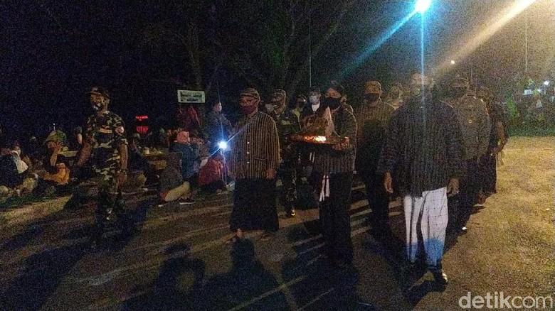 Perayaan malam 1 suro di Ponorogo.