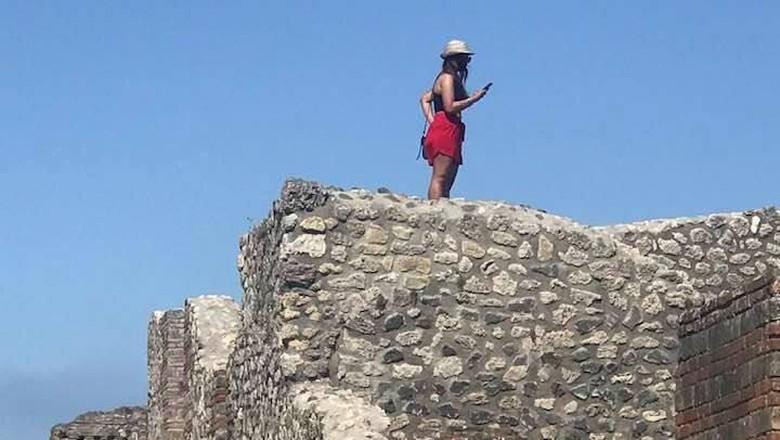 Situs pemandian Pompeii