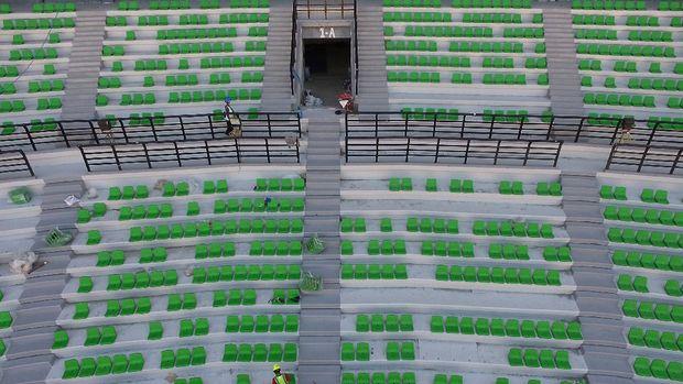Sejumlah perbaikan tengah dilakukan di Stadion Gelora Bung Tomo (GBT), Surabaya. Hal itu dilakukan untuk menyambut Piala Dunia U-20 pada 2021 mendatang.