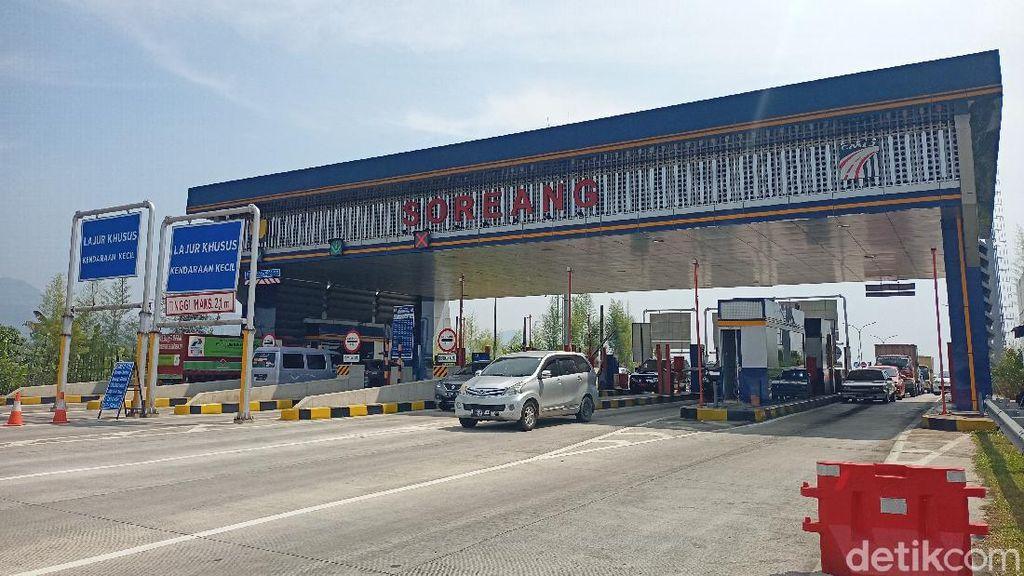 Long Weekend, Wisatawan Sambangi Ciwidey Via Tol Soroja