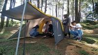 Paket penyewaan tenda berkisar Rp 95 ribu sampai Rp 150 ribu. (Dadang Hermansyah/detikcom)