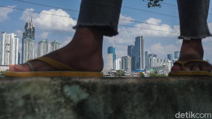 Pandemi Corona membuat sejumlah negara masuk jurang resesi. Indonesia termasuk yang diprediksi menyusul negara-negara tetangga seperti, Singapura Malaysia hingga Thailand.